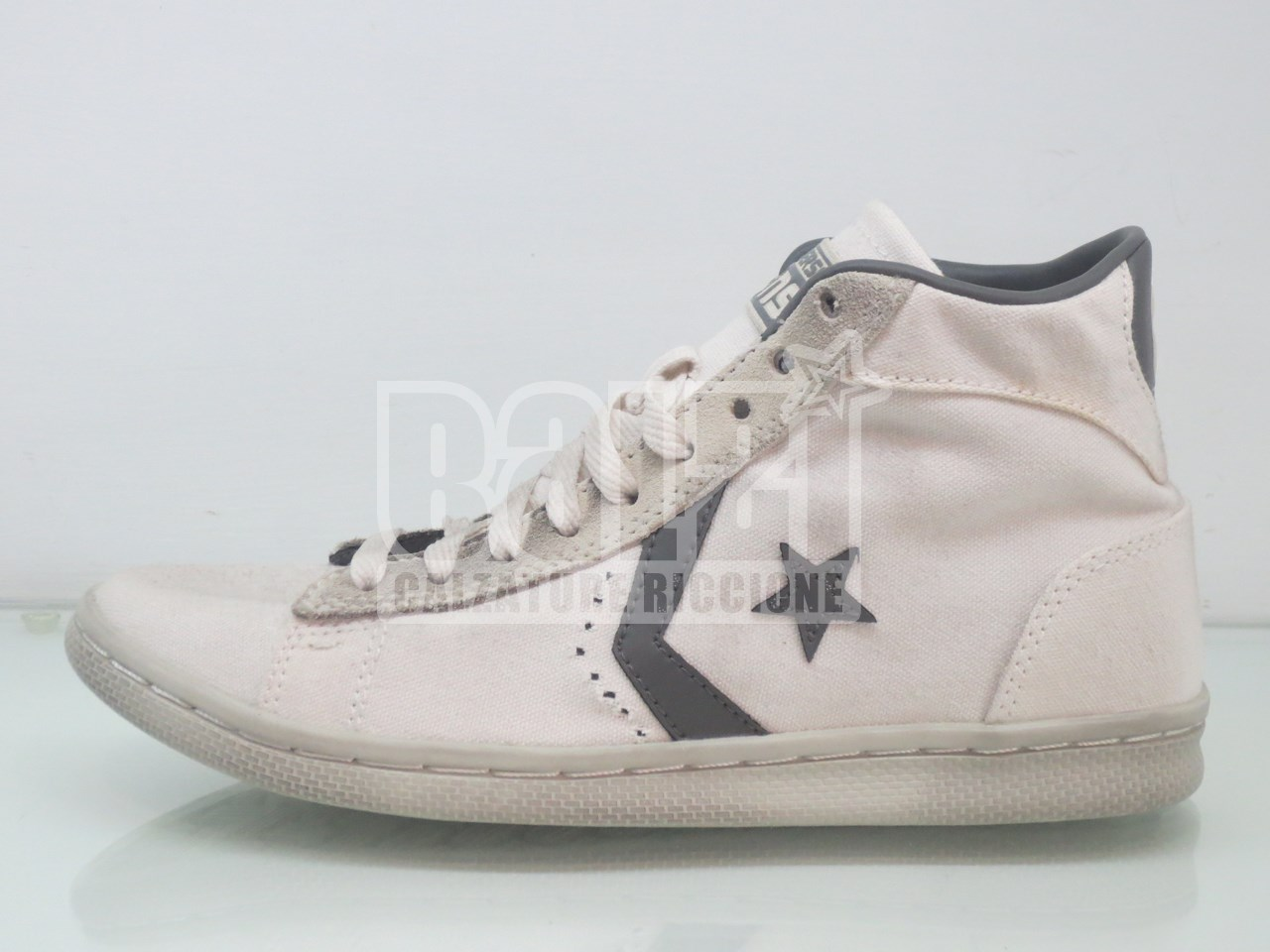 detailed pictures e11bd 3aaa6 converse all star pro leather mid